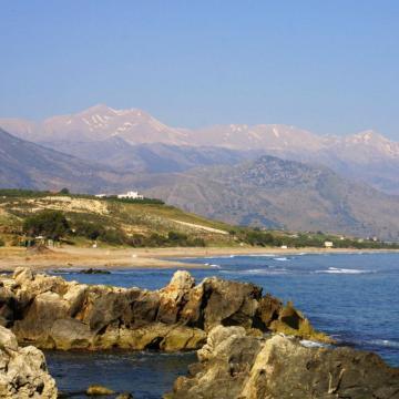 Η εκτεταμένη παραλία της Γεωργιούπολης.